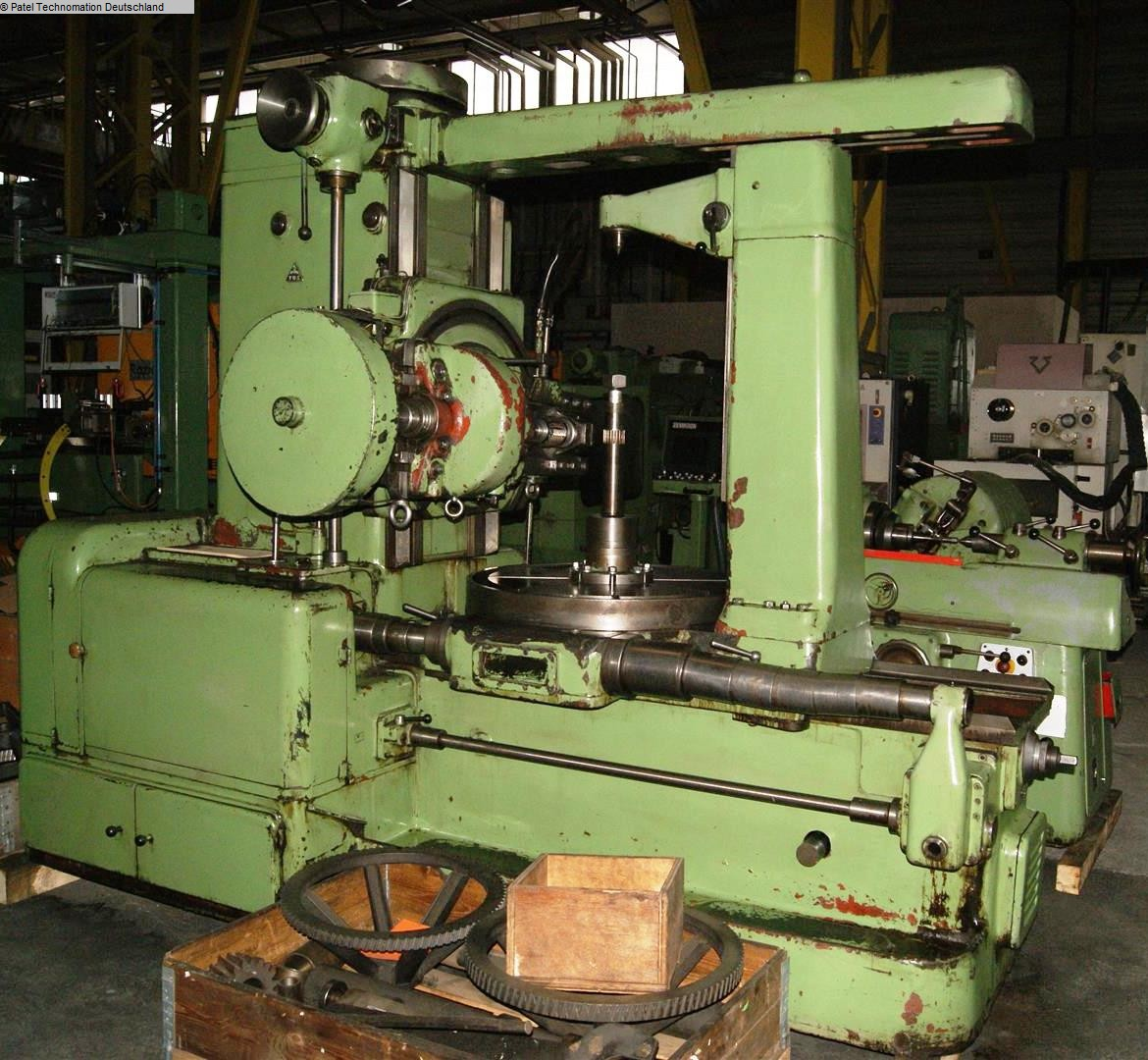 Gear Hobbing Machine - Vertical TOS FO10 1133-Z161